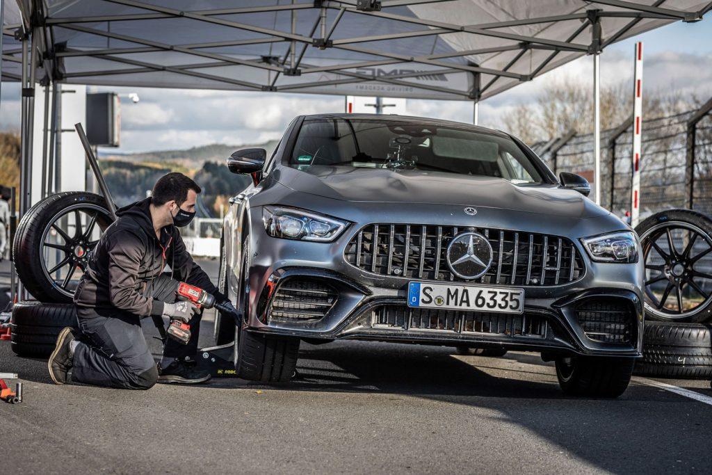 Mercedes-AMG-GT-63-S-lap-ky-luc-o-nurburgring-6-1024x683.jpg