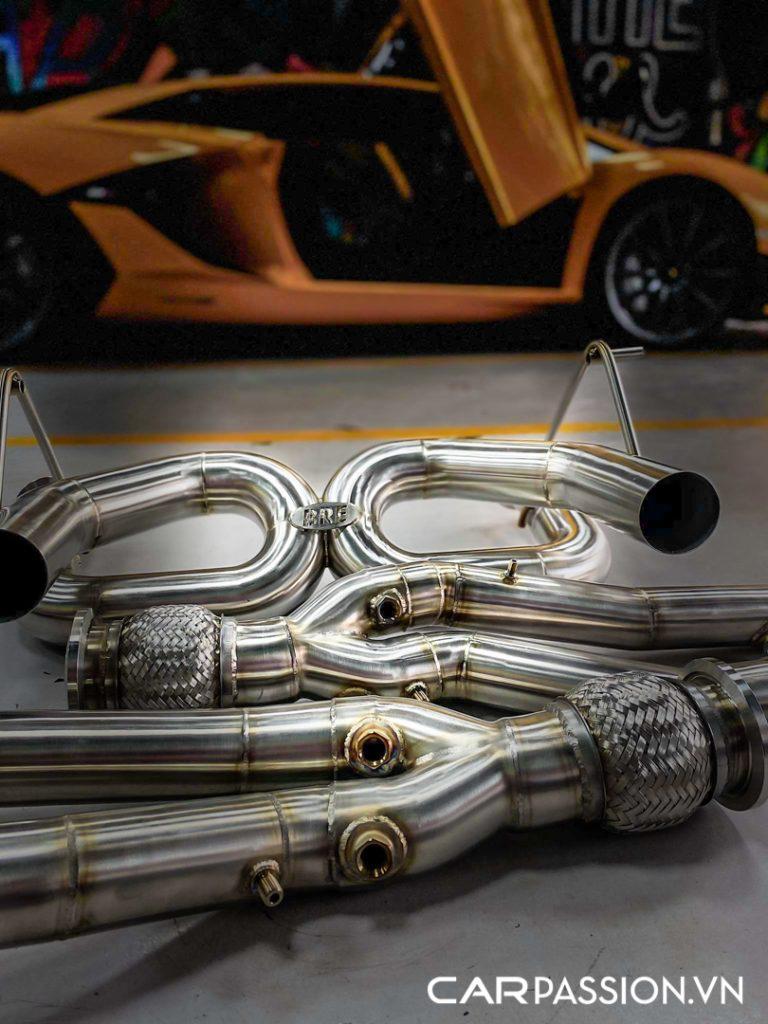 Aventador-SVJ-do-ong-xa-Brook-Race-1-768x1024.jpg
