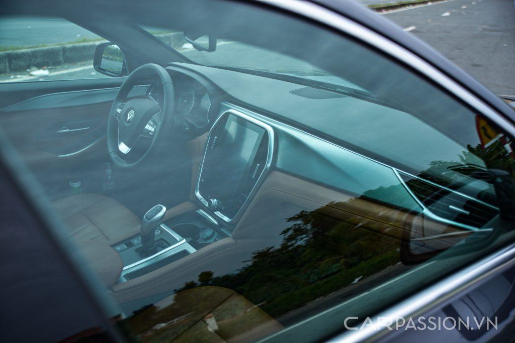 Khoang lái Vinfast Lux A2.0