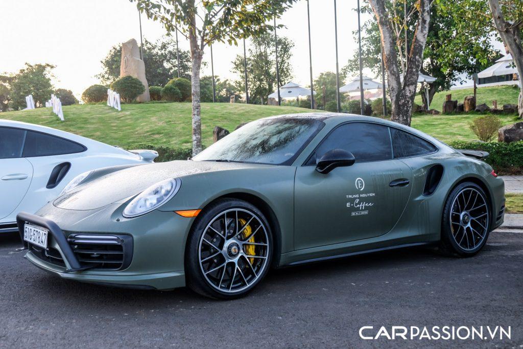 Bo-ba-Porsche-911-Turbo-S-cua-Tap-doan-ca-phe-Trung-Nguyen-12-1024x683.jpg