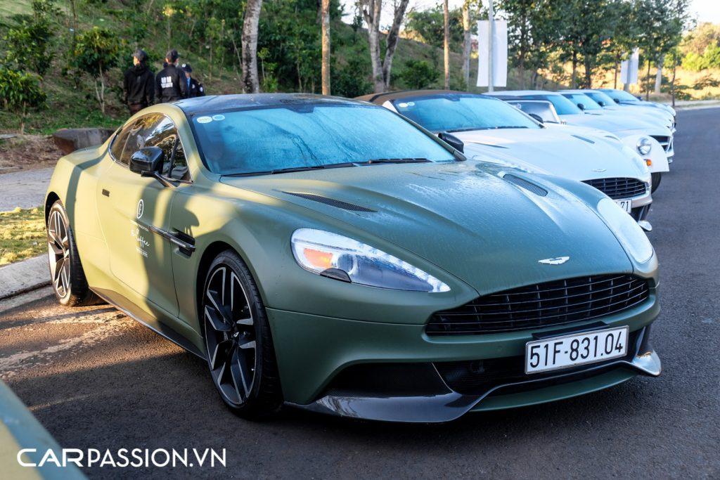 Cap-doi-Aston-Martin-Vanquish-cua-Tap-doan-ca-phe-Trung-Nguyen-21-1024x683.jpg