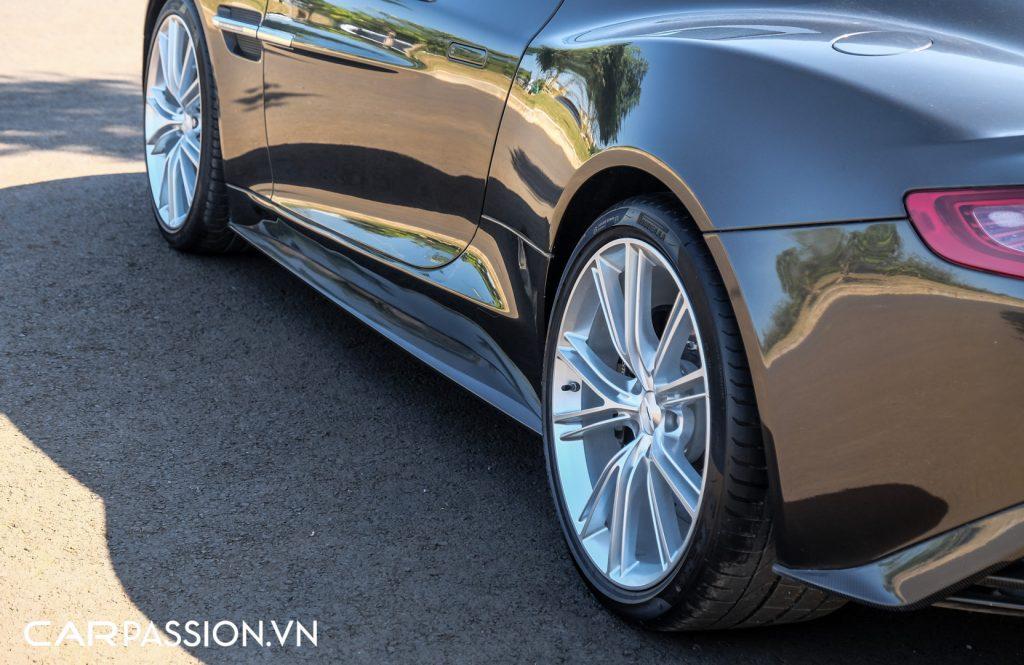 Cap-doi-Aston-Martin-Vanquish-cua-Tap-doan-ca-phe-Trung-Nguyen-35-1024x665.jpg
