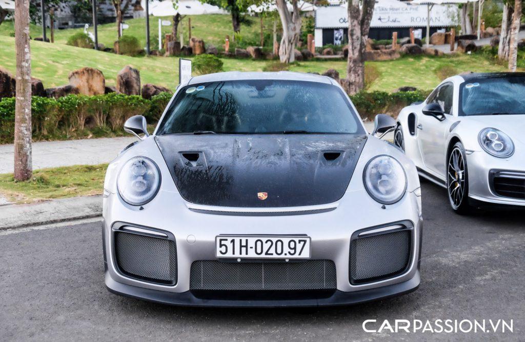 Sieu-xe-Porsche-911-GT2-RS-cua-Trung-Nguyen-Legend-1-1024x667.jpg