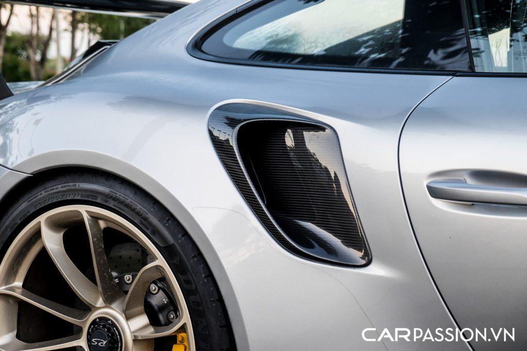 Sieu-xe-Porsche-911-GT2-RS-cua-Trung-Nguyen-Legend-12-1024x683.jpg