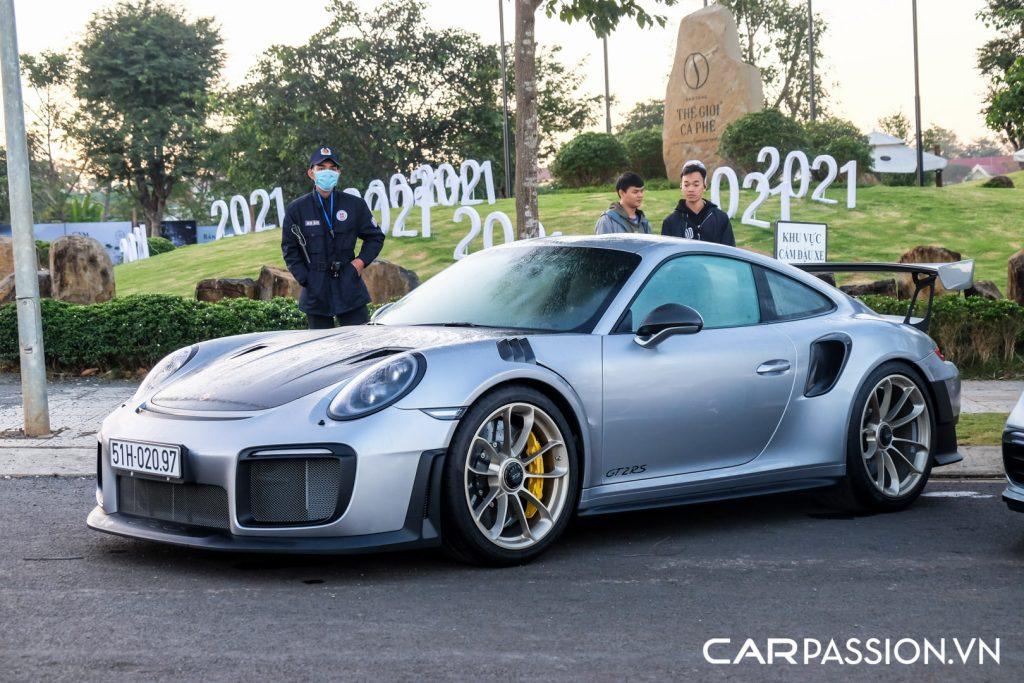 Sieu-xe-Porsche-911-GT2-RS-cua-Trung-Nguyen-Legend-24-1024x683.jpg