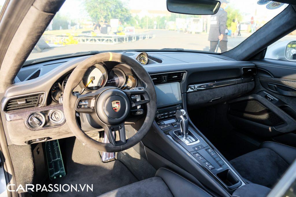 Sieu-xe-Porsche-911-GT2-RS-cua-Trung-Nguyen-Legend-38-1024x683.jpg