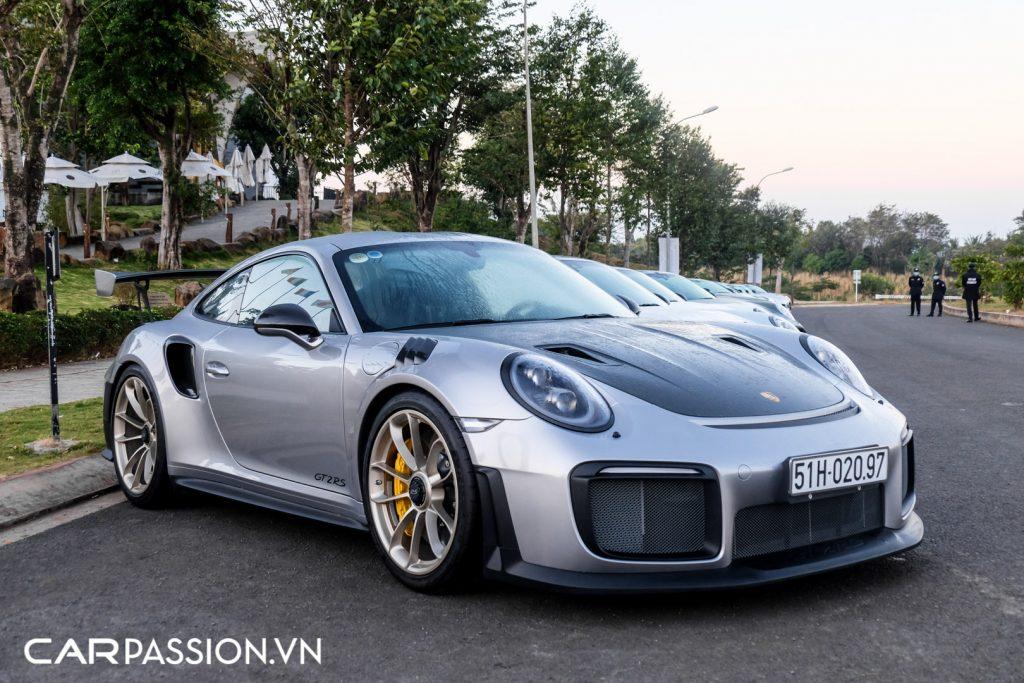 Sieu-xe-Porsche-911-GT2-RS-cua-Trung-Nguyen-Legend-6-1024x683.jpg
