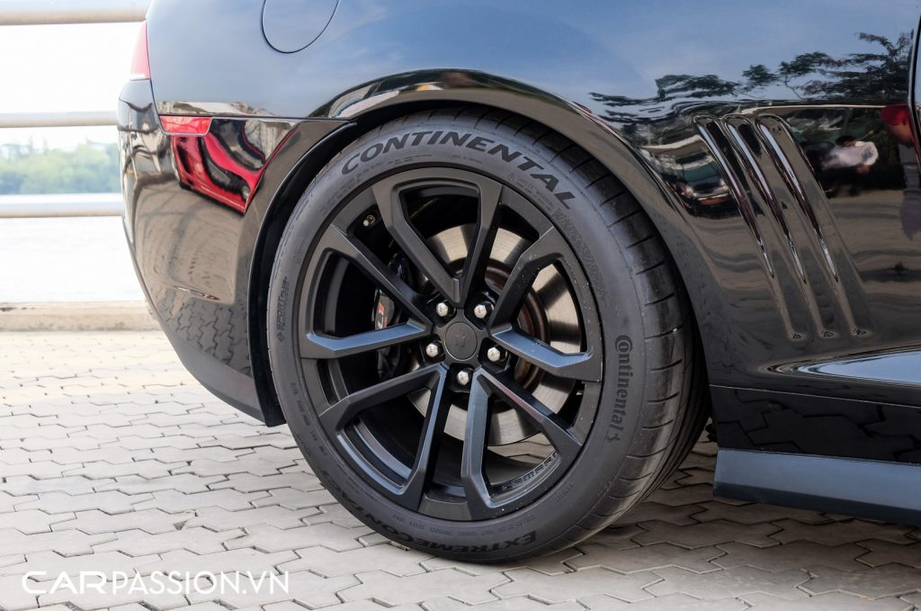 Chevrolet-Camaro-ZL1-do-sieu-nap-750-ma-luc-tai-Sai-Gon-9-1024x679.jpg
