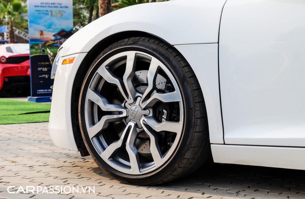 Hang-doc-Audi-R8-the-he-dau-tien-cua-Tap-doan-Novaland-6-1024x669.jpg