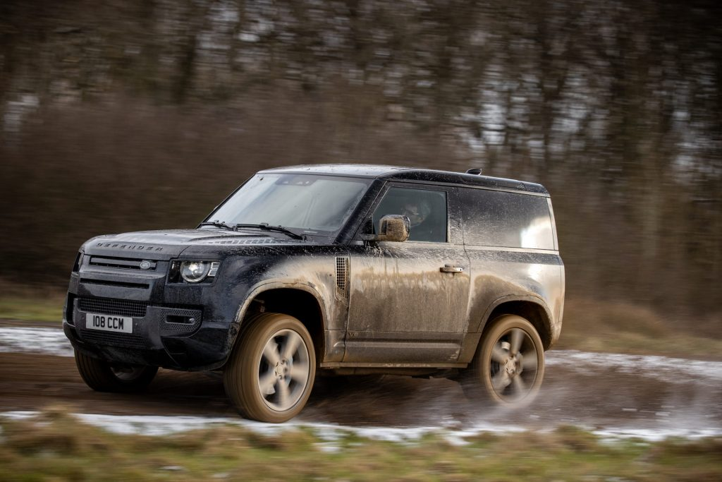 Land-Rover-Defender-V8-31-1024x683.jpg