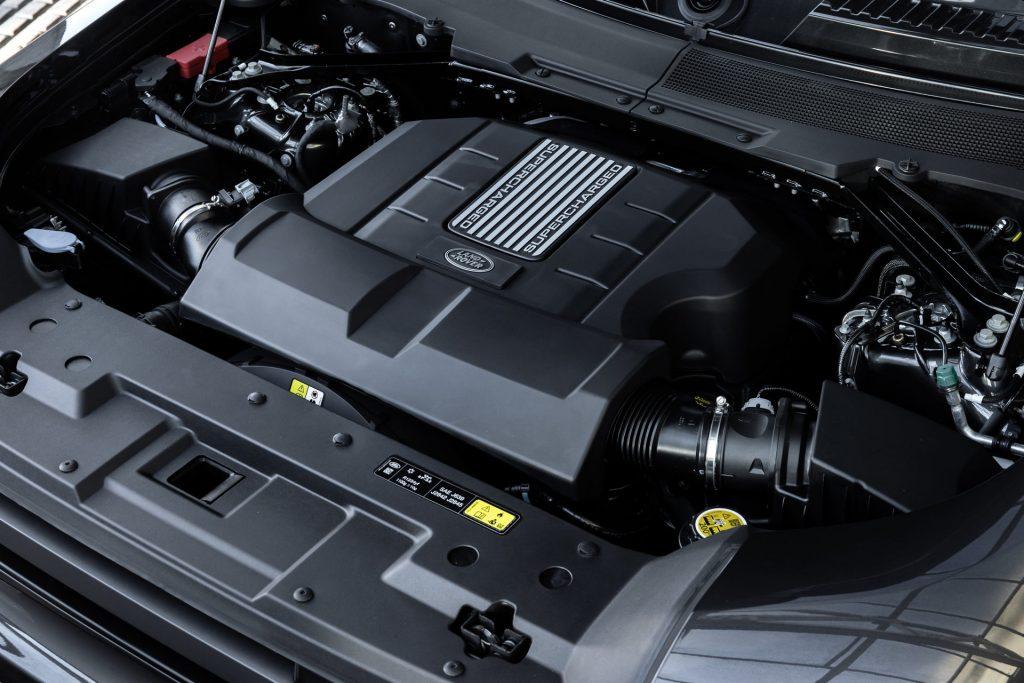 Land-Rover-Defender-V8-64-1024x683.jpg