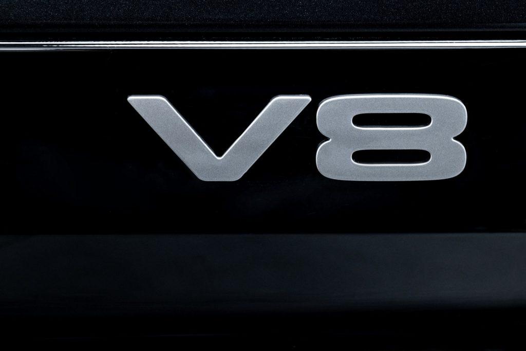 Land-Rover-Defender-V8-83-1024x683.jpg