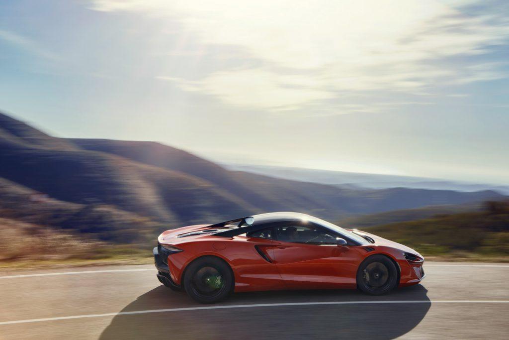 McLaren-Artura-10-1024x683.jpg