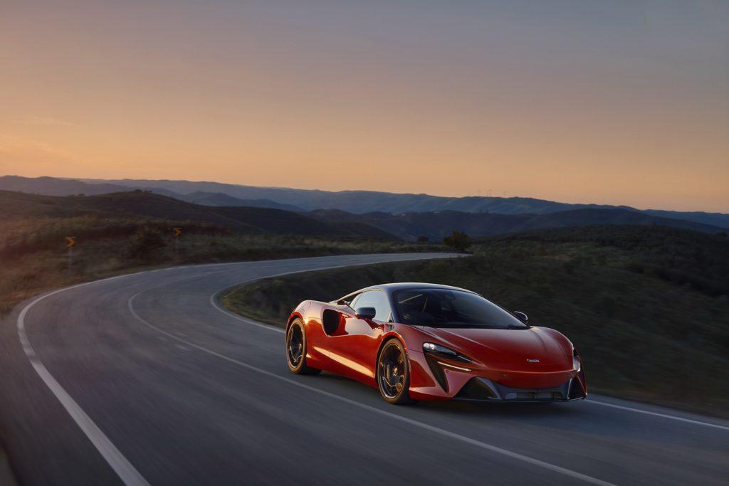 McLaren-Artura-14-1024x683.jpg