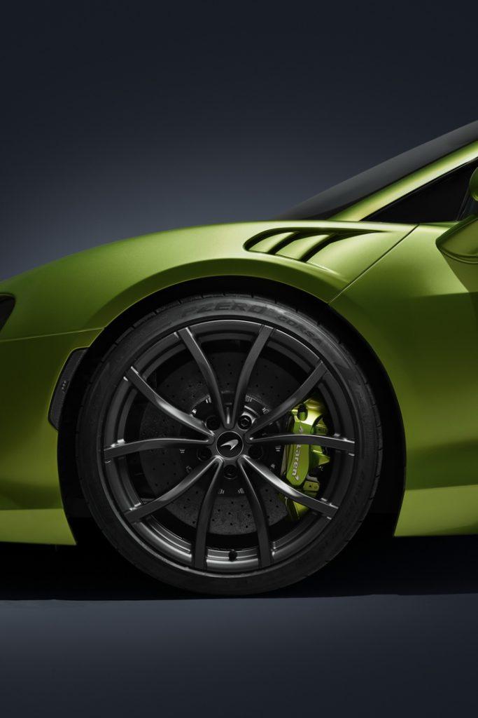 McLaren-Artura-31-683x1024.jpg