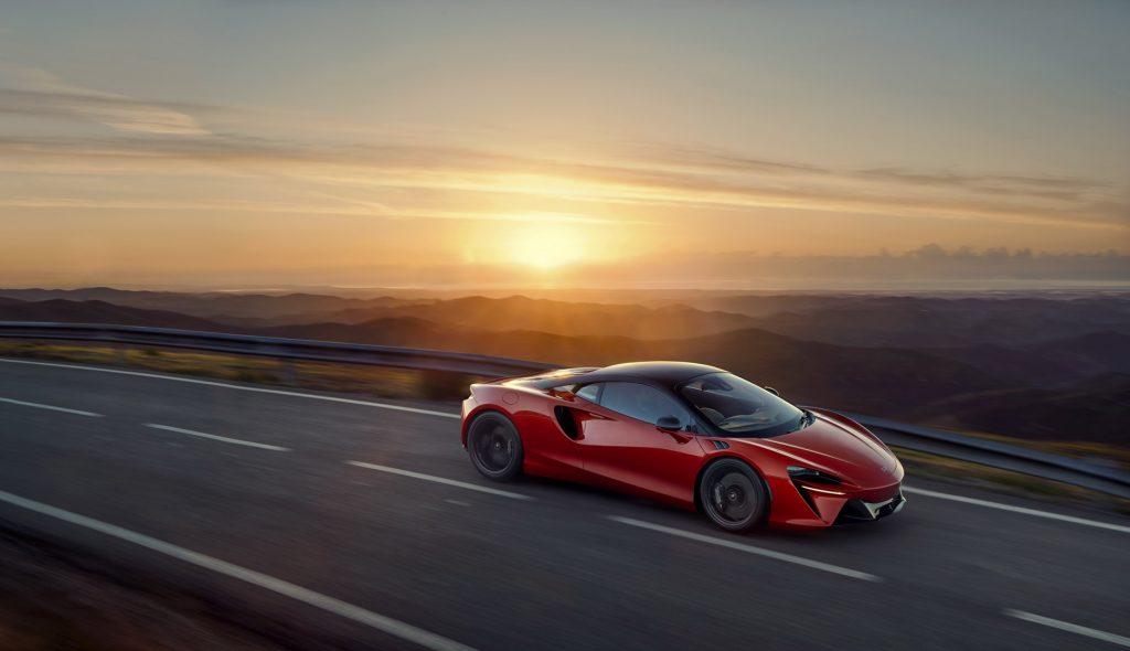 McLaren-Artura-4-1024x590.jpg