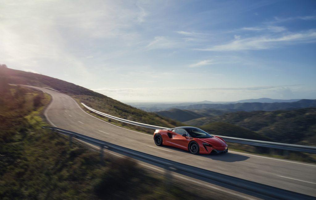 McLaren-Artura-5-1024x648.jpg